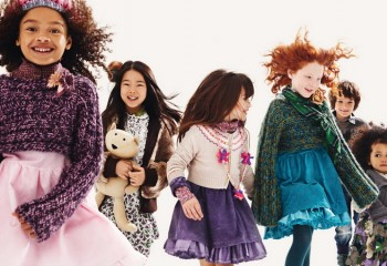 Стильная одежда для детей: юбки американки для девочек и костюмы для мальчиков