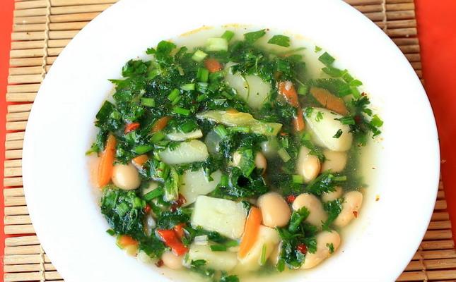 Вкусные диетические супы: рецепты простых и вкусных ...