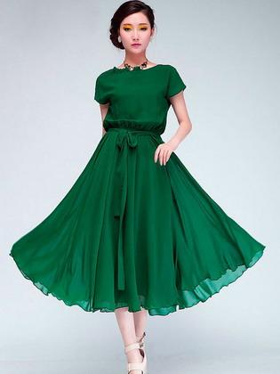 53a2f328ad5 Красивые модные платья 2019 года и фото самых стильных женских ...