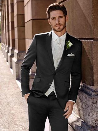 Мужские модные костюмы на свадьбу 2017