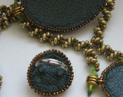 Модные украшения из бисера и бусин своими руками