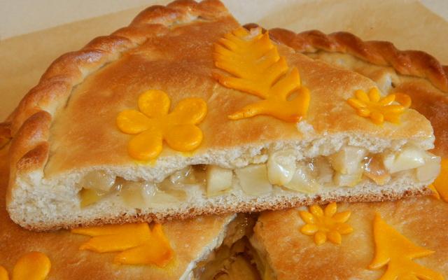 Дрожжевой яблочный пирог в мультиварке рецепты