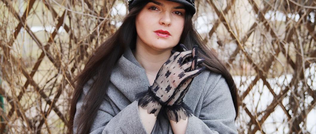 Ажурные перчатки: красота и защита