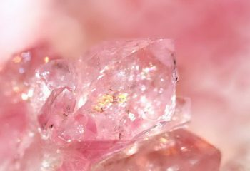 Розовый кварц – помощник в борьбе со стрессом