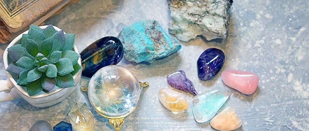 Камни-талисманы и обереги для детей