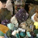 Камни-помощники в работе