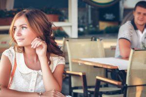 Лучшие способы знакомства девушек с парнями