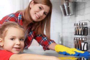 Как воспитать ребенка-помощника родителям
